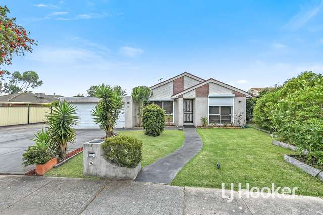 4 Adley Place, Hampton Park VIC 3976