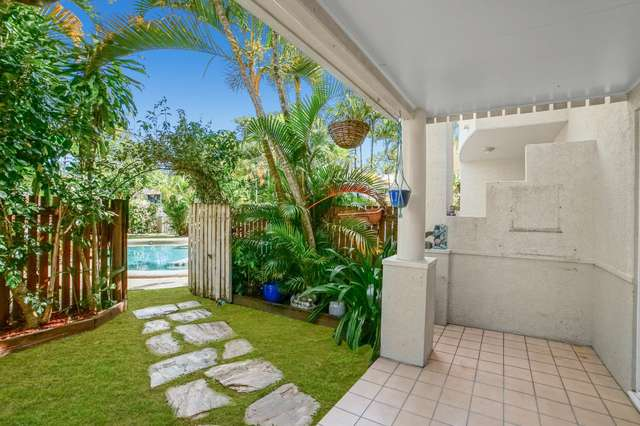 4/34-40 Lily Street, Cairns North QLD 4870