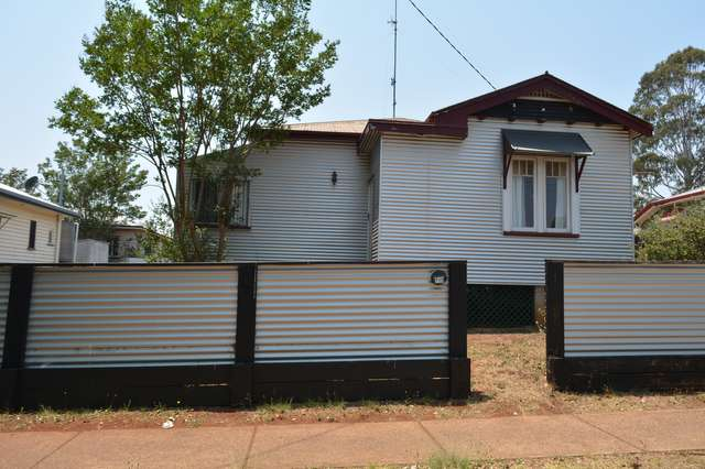 712 Ruthven Street, South Toowoomba QLD 4350