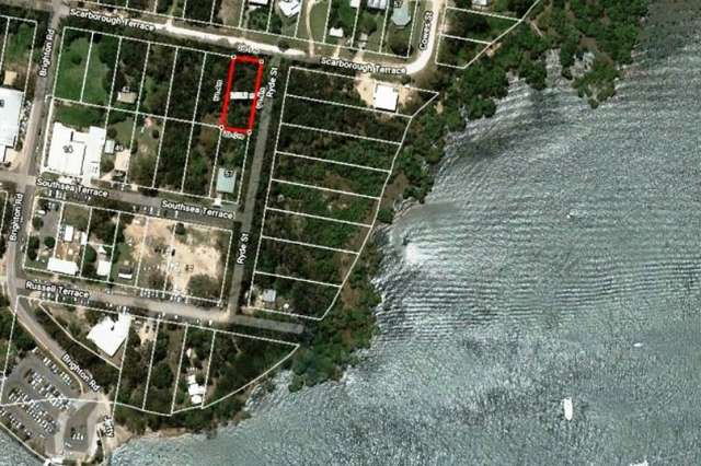 50 Scarborough Terrace, Macleay Island QLD 4184