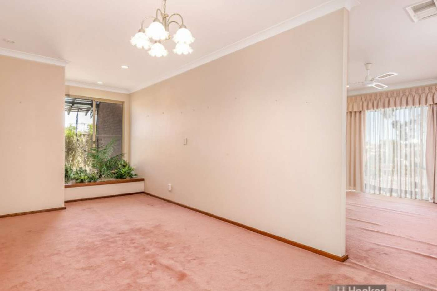 Sixth view of Homely house listing, 15 Demasson Rise, Leeming WA 6149