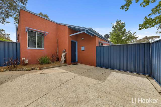 11 Kelsall Place, Spence ACT 2615