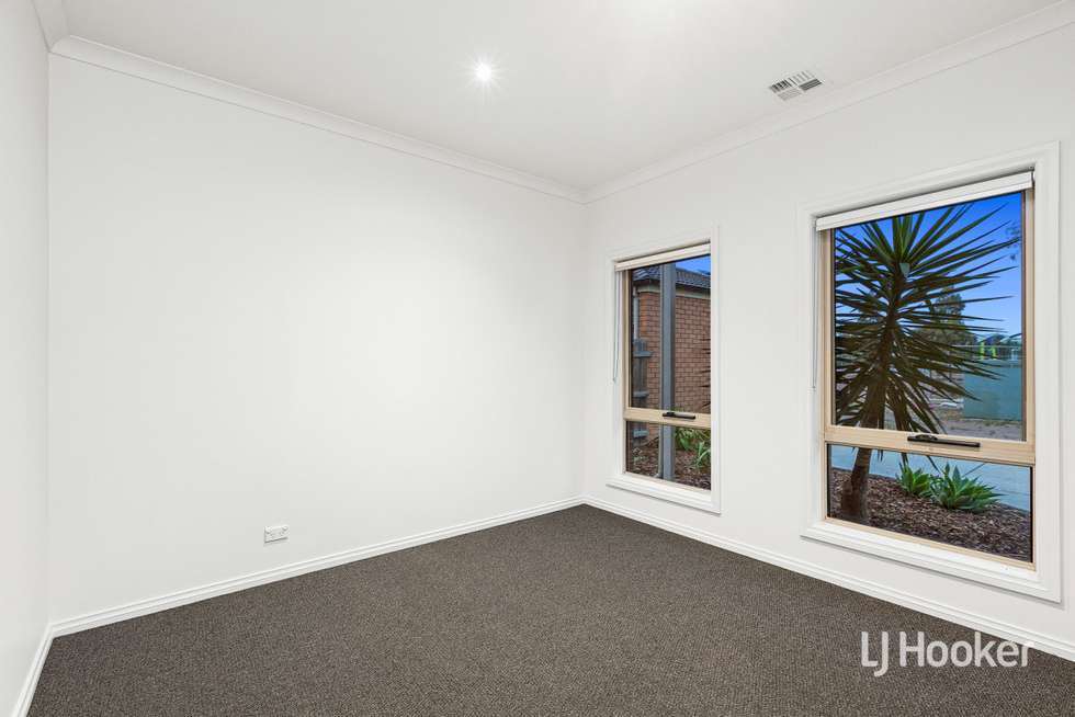 Third view of Homely townhouse listing, 4/15 Friar Park Place, Point Cook VIC 3030