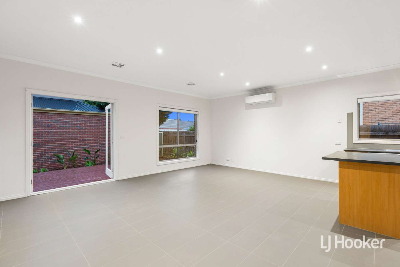 Sixth view of Homely townhouse listing, 4/15 Friar Park Place, Point Cook VIC 3030