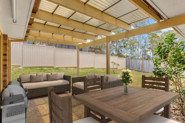 7 Temoe Rise, Pacific Pines QLD 4211