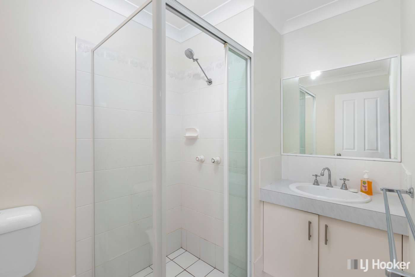 Seventh view of Homely unit listing, 2/19 Victor Street, Birkdale QLD 4159