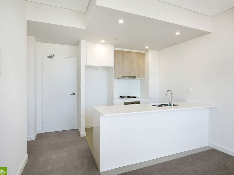 Main view of Homely unit listing, 301/14-18 Auburn Street, Wollongong, NSW 2500