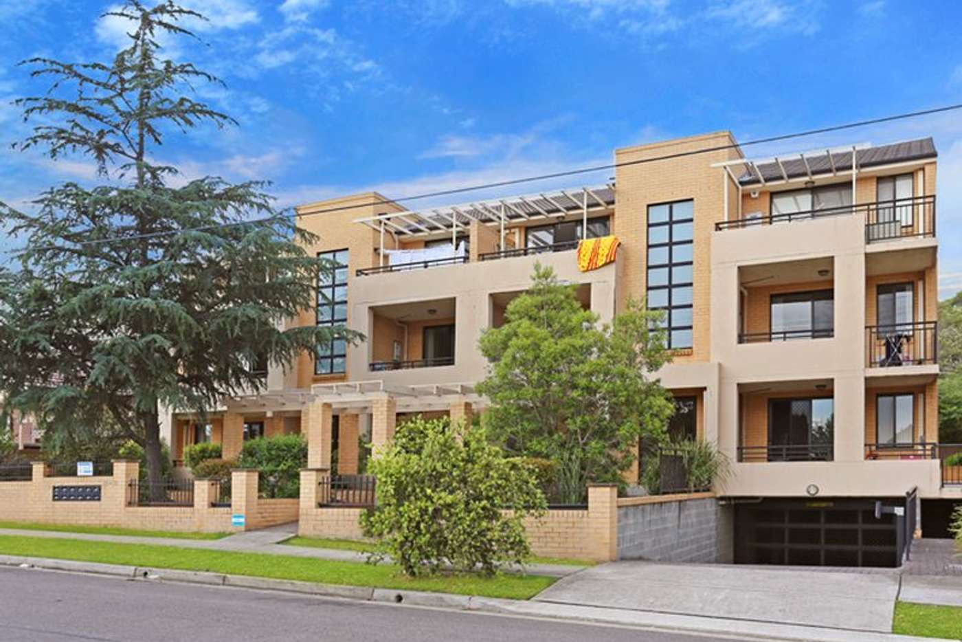 Main view of Homely unit listing, Unit 10/72 Mountford Avenue, Guildford NSW 2161