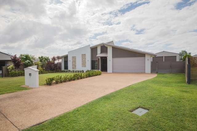 7 Silky Oak Court, Norman Gardens QLD 4701