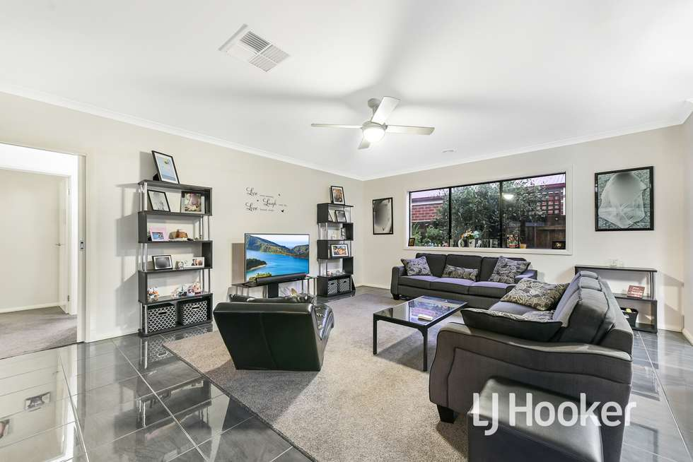 Fifth view of Homely house listing, 3 Tribuzi Close, Pakenham VIC 3810
