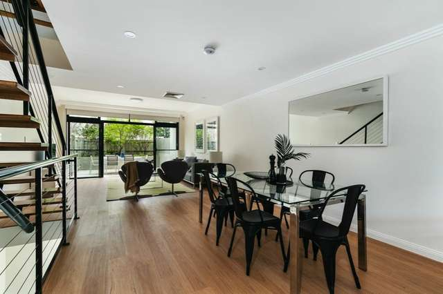 Townhouse 3/2A Pyrmont Bridge Road, Camperdown NSW 2050