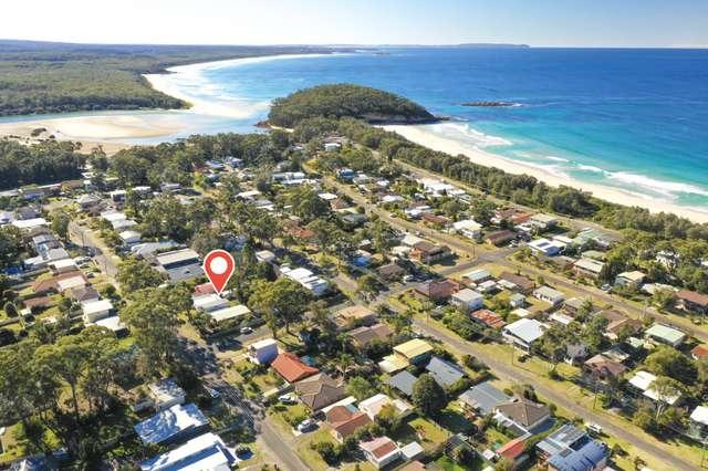 24 Bangalow Street, Narrawallee NSW 2539
