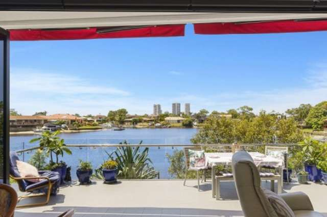 2002/5 Harbour Side Court, Biggera Waters QLD 4216