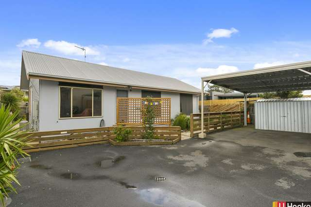 2/13 Reef Street, Cape Paterson VIC 3995