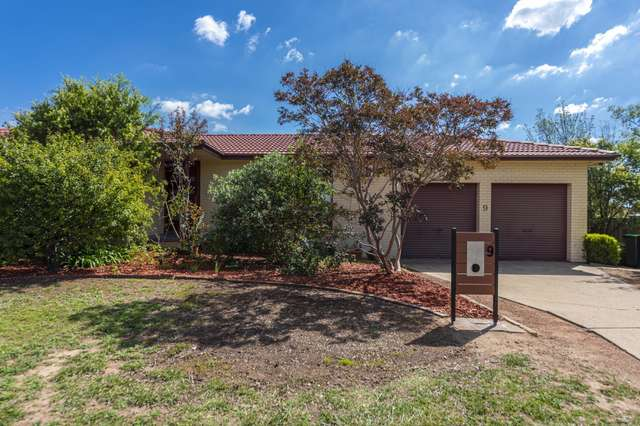 9 Dilboong Place, Chisholm ACT 2905