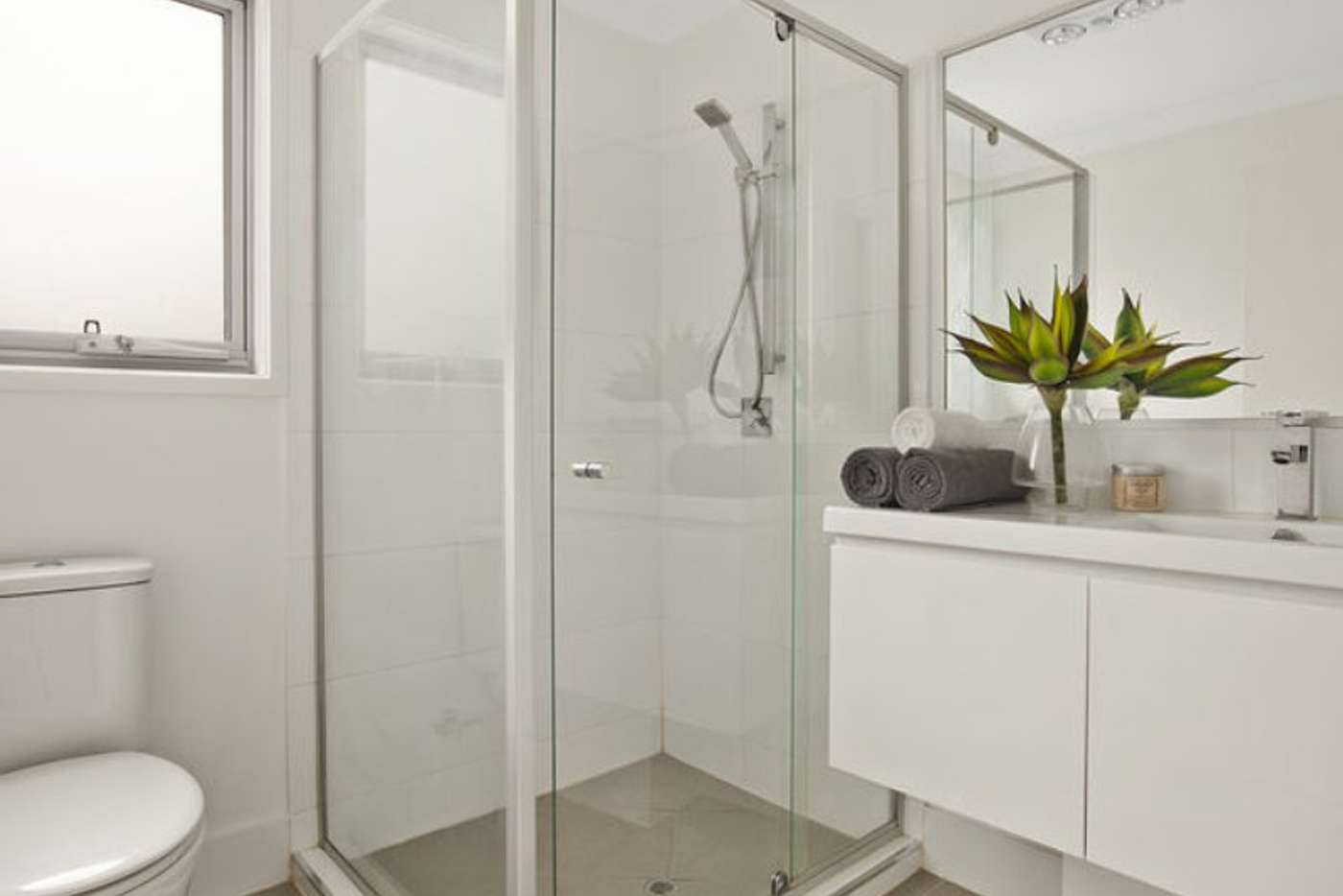 Sixth view of Homely townhouse listing, Unit 15/101 Jones Road, Carina Heights QLD 4152