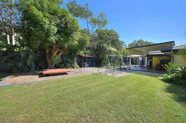 27 Colvillea Court, Palm Beach QLD 4221
