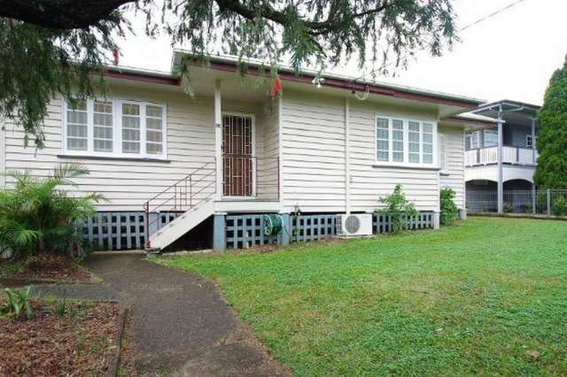 43 Stimpson Street, Fairfield QLD 4103