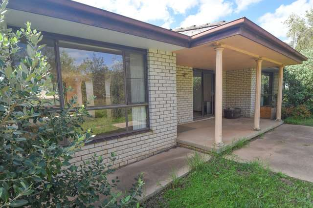 80 Briggs Street, Young NSW 2594
