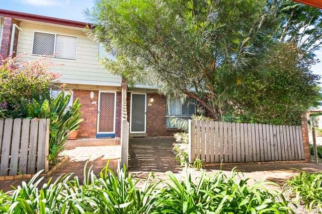 1/6 O'Brien Street, Harlaxton QLD 4350