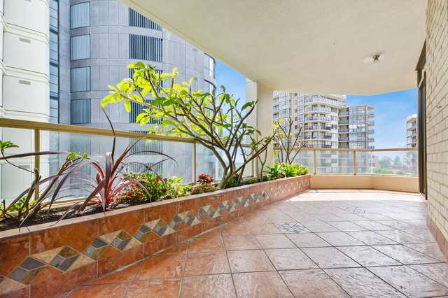 1004/1 Hollywood Avenue, Bondi Junction NSW 2022