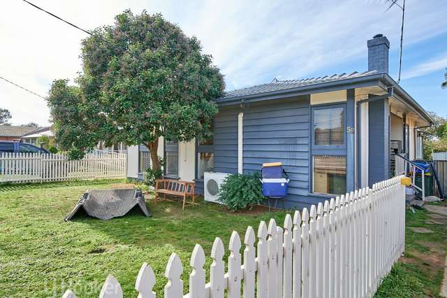52 Ziegler Avenue, Kooringal NSW 2650
