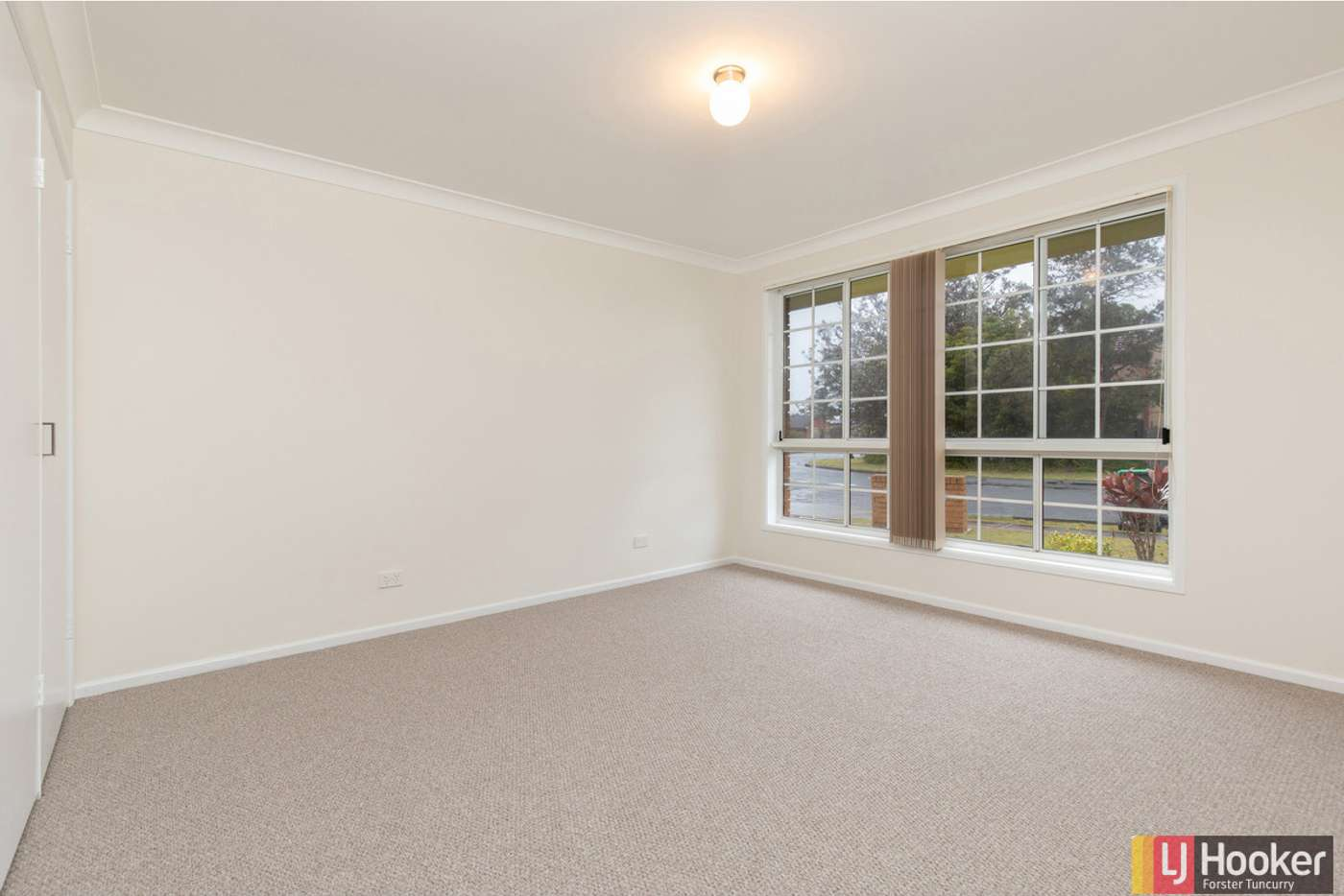 Sixth view of Homely villa listing, 1/4 Heath Avenue, Tuncurry NSW 2428