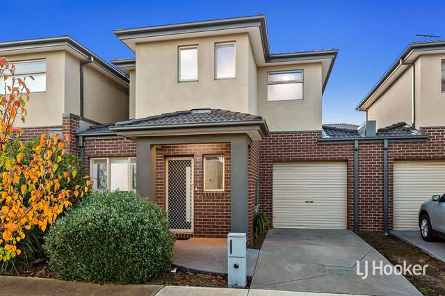 2B Corboy Close, Point Cook VIC 3030
