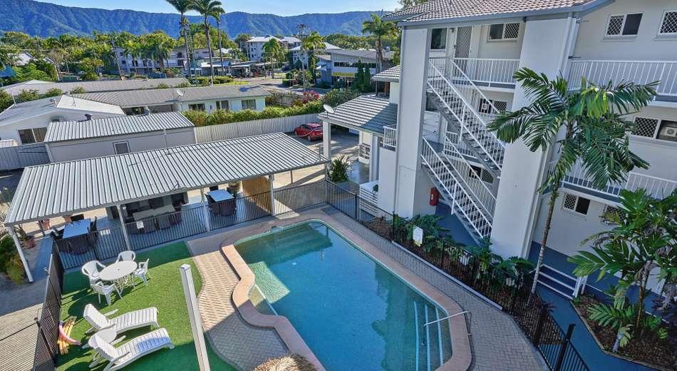 Two Bedroom Units/57 Moore Street, Trinity Beach QLD 4879