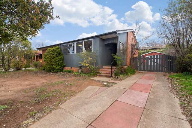 35 Macalister Crescent, Curtin ACT 2605