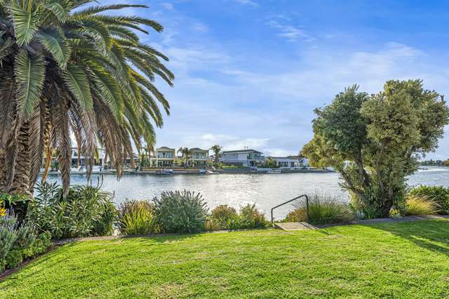 11 Anthea Court, West Lakes SA 5021