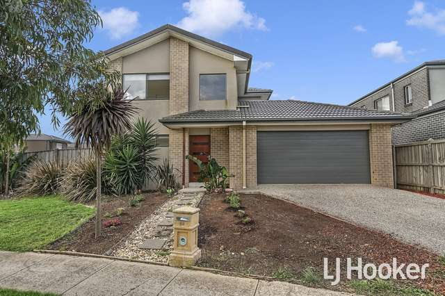 48 Featherbrook Drive, Point Cook VIC 3030