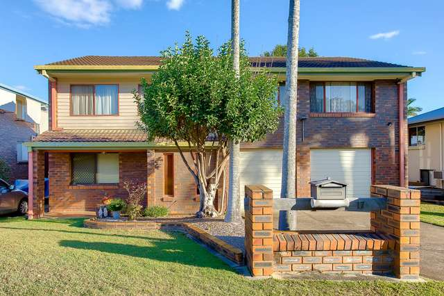 17 Remick Street, Stafford Heights QLD 4053