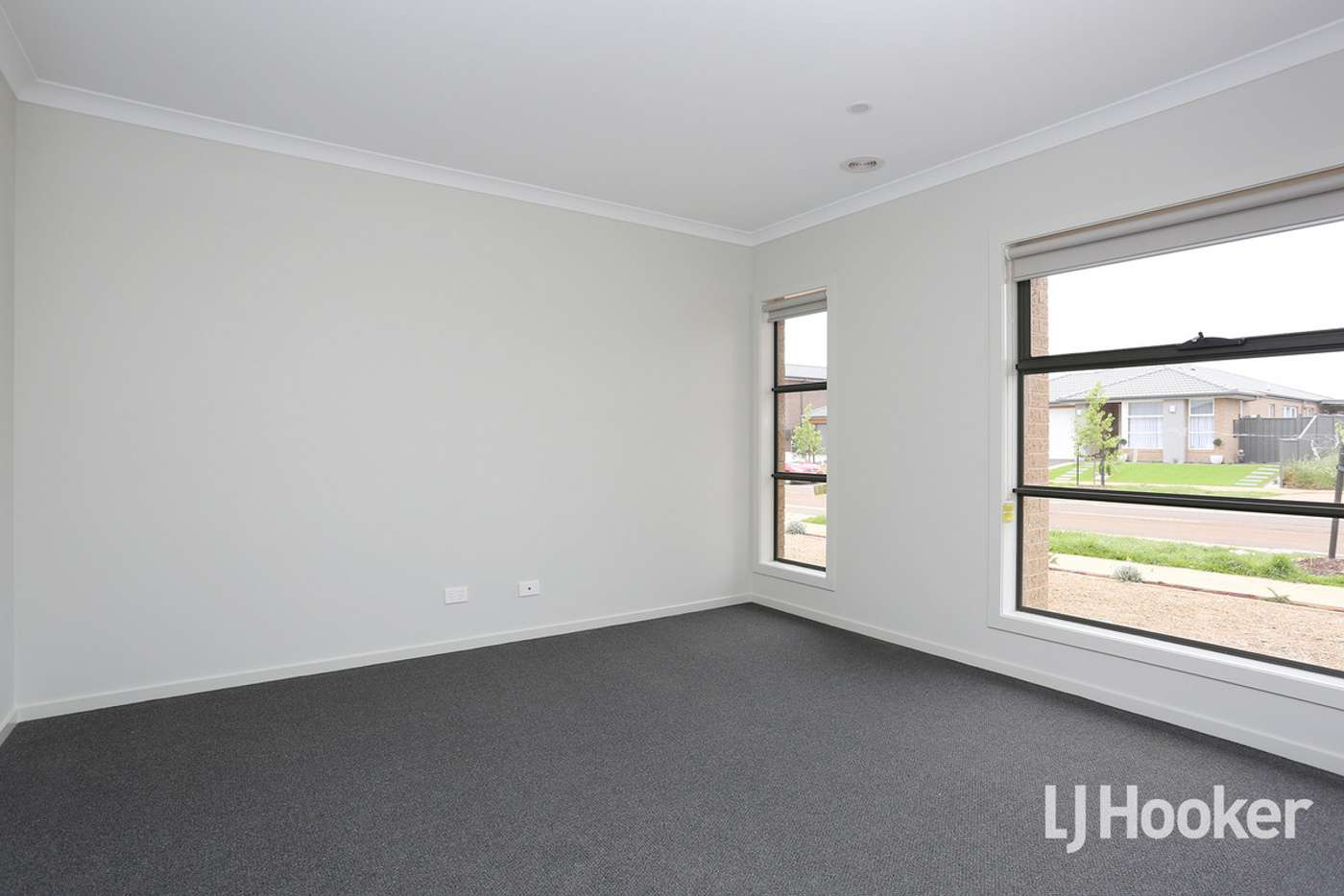 Sixth view of Homely house listing, 5 Wimbeldon Boulevard, Strathtulloh VIC 3338