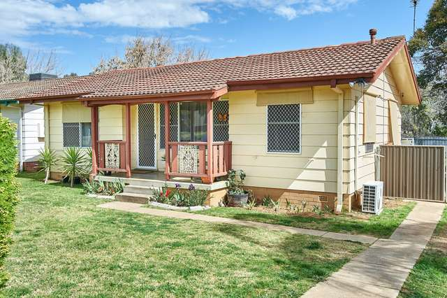 42 Adams Street, Ashmont NSW 2650