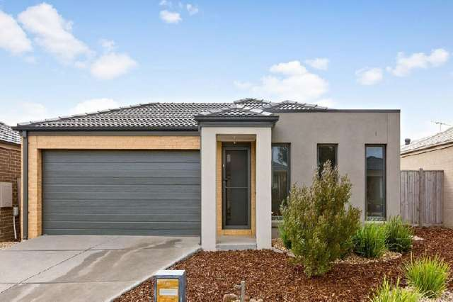 35 Seagrass Crescent, Point Cook VIC 3030