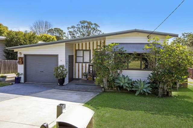 18 Margaret Street, Point Clare NSW 2250