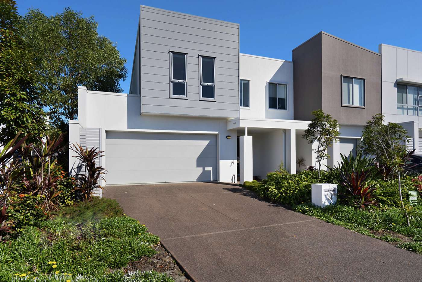 Main view of Homely townhouse listing, 24 North Quay Circuit, Hope Island QLD 4212