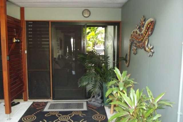 10 Cowes Street, Macleay Island QLD 4184