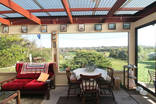 19 Morekana Crescent, Eastwood VIC 3875