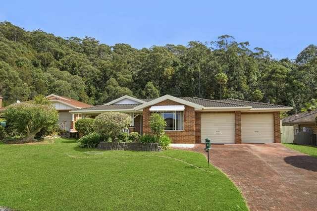 4 Singleton Rd, Point Clare NSW 2250