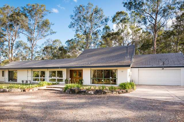 33 Lather Road, Bellbowrie QLD 4070