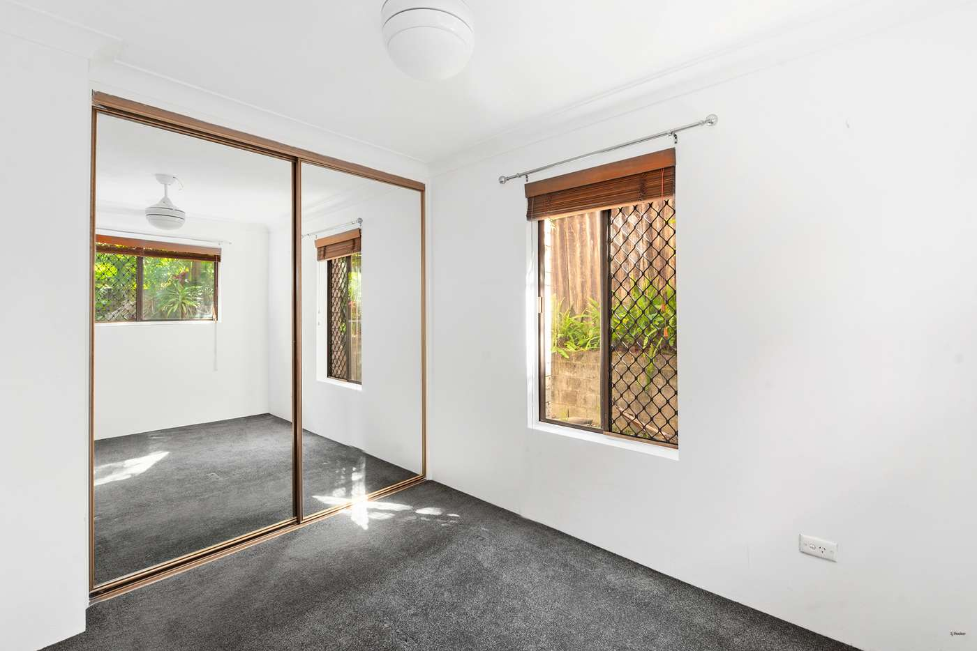 Sixth view of Homely unit listing, 2/8 Nalla Court, Palm Beach QLD 4221