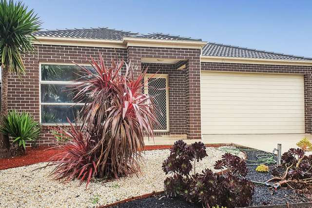 4 Duchess Court, Point Cook VIC 3030