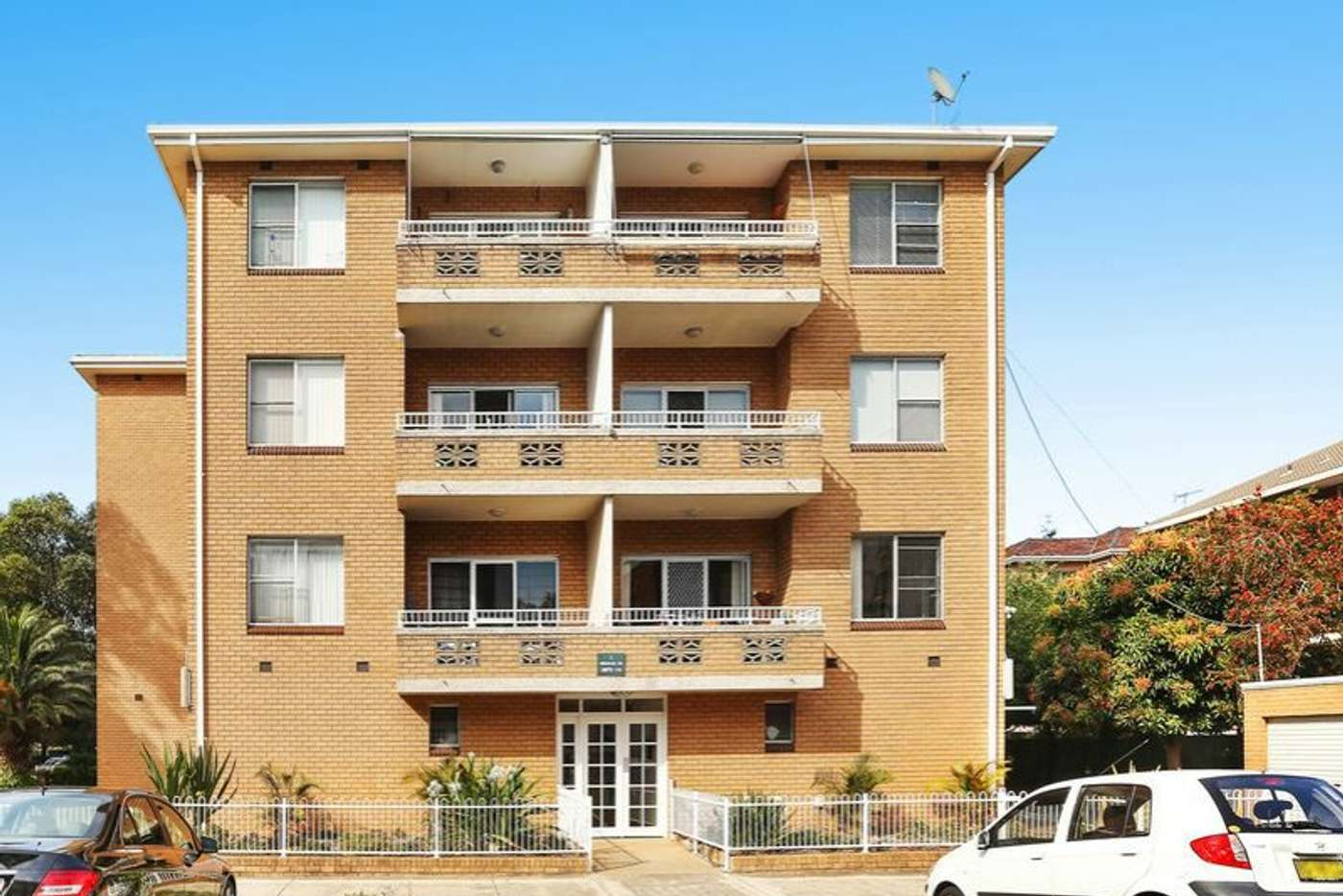 Main view of Homely unit listing, 4/1-3 Hercules Road, Brighton-le-sands NSW 2216