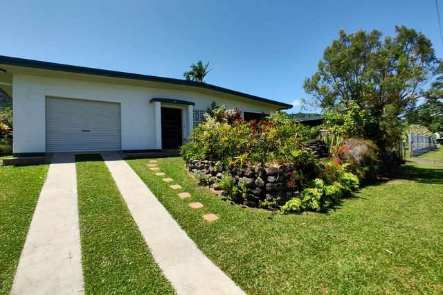 6 Hillview Crescent, Whitfield QLD 4870