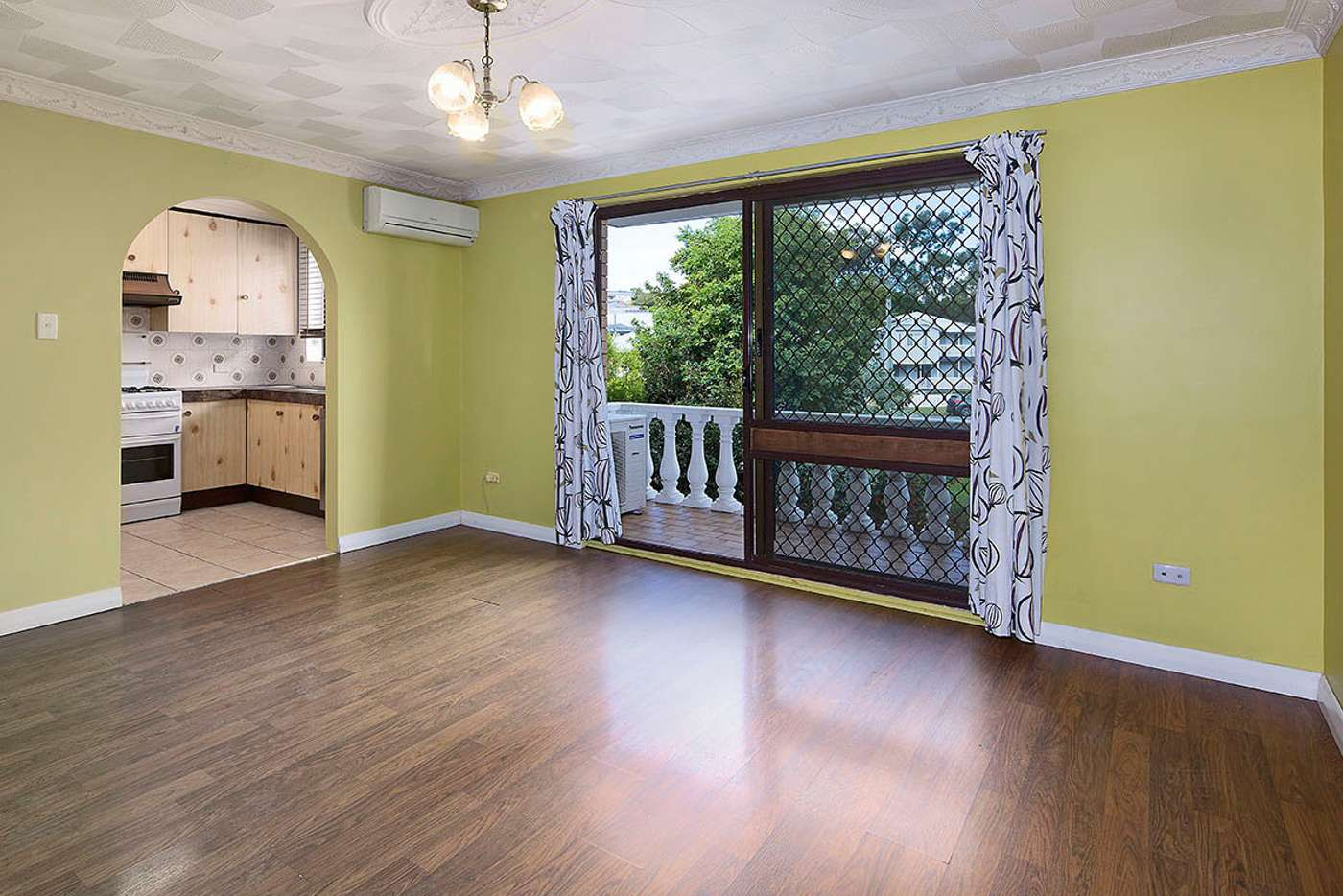 Main view of Homely unit listing, 2/115 Leicester Street, Coorparoo QLD 4151
