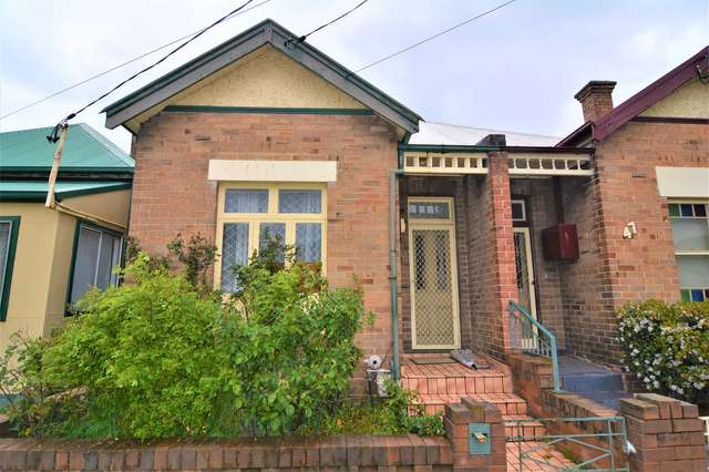 45 Read Avenue, Lithgow NSW 2790
