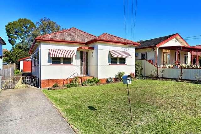 7 Lang Street, Smithfield NSW 2164