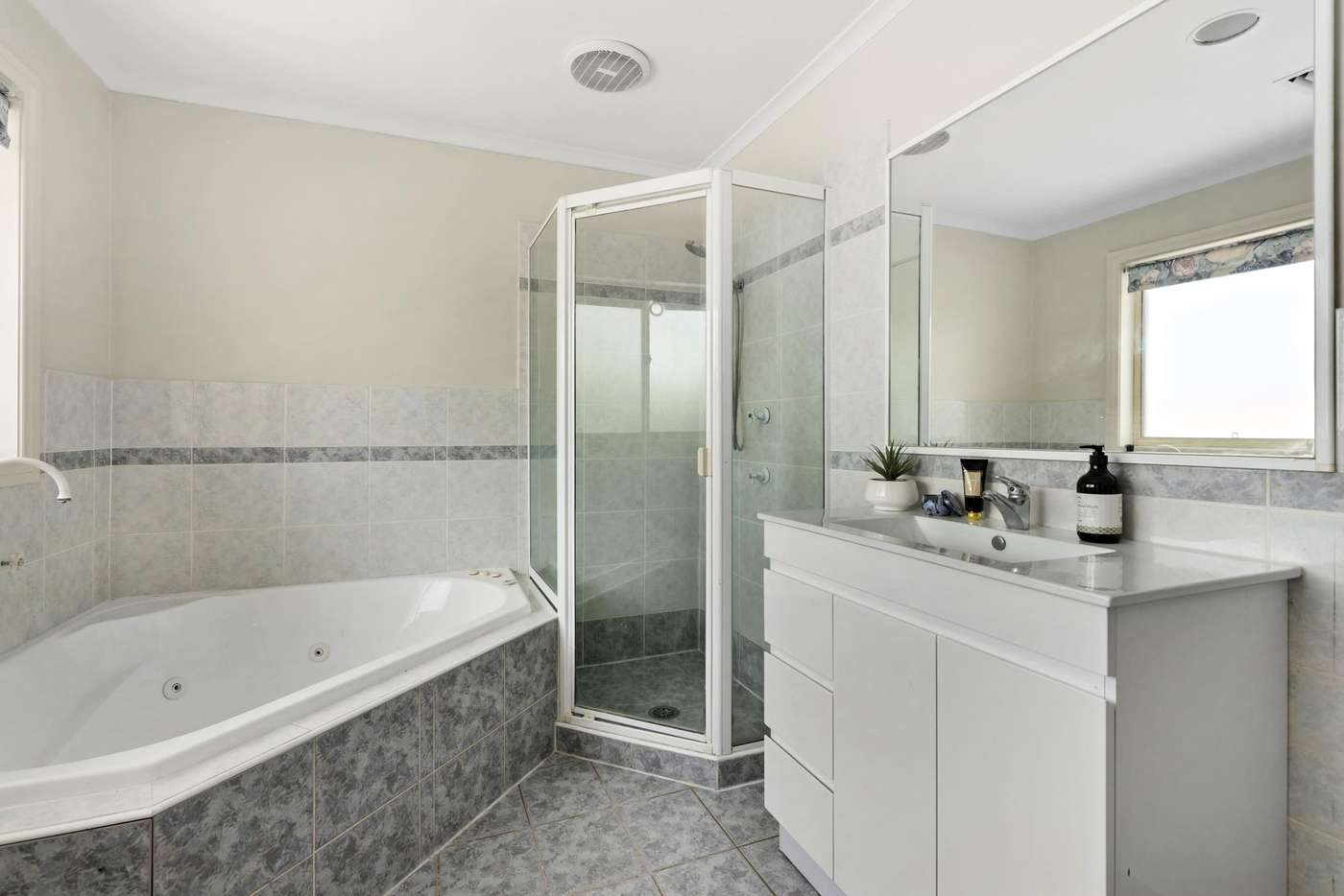 Sixth view of Homely townhouse listing, 16/4 Tauss Place, Bruce ACT 2617